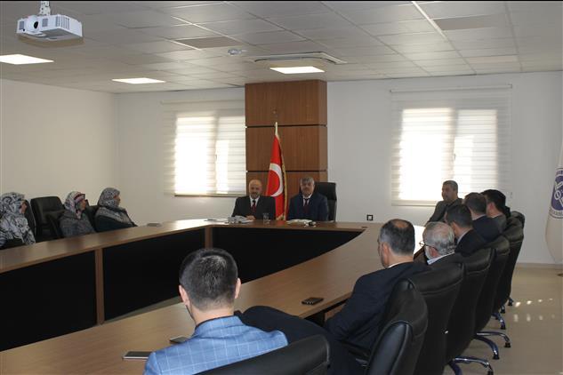Hatay'da Il Müftümüz Hamdi Kavillioğlu, Defne Ilçe Müftülüğü Mart Ayı Aylık Personel Toplantısına Katıldı.