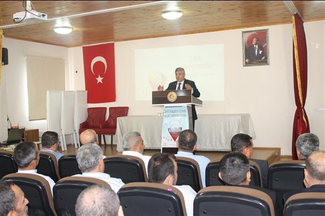 """Hatay'da Il Müftümüz Hassa Ilçemizde """"cami Ve Hayat"""" Konulu Konferans Verdi"""