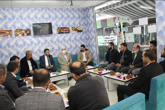 Amasya'da Il Müftümüz Kocacık çarşısı Esnafı Ile Bir Araya Geldi