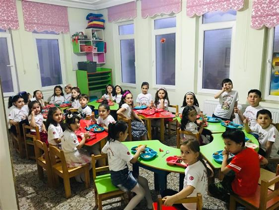 Amasya'da Il Müftümüz Miniklerle Iftarda Buluştu