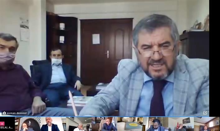 Antalya'da Il Müftümüz Osman Artan, Tüm Ilçe Müftüleri, Il Ve Merkez Ilçe Müftülükleri Vaizleri Ile Telekonferans Yöntemiyle toplantı Gerçekleştirdi.