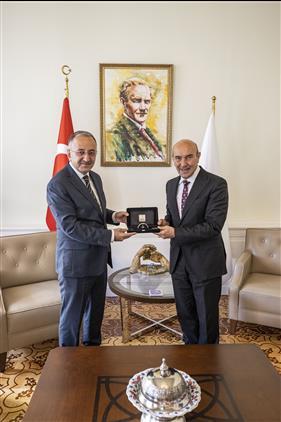 Il Müftümüz Sezik'ten Izmir Büyüksehir Belediye Başkanlığına Ziyaret