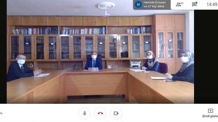 Samsun'da Il Müftümüz Sn. Seyfullah çakır Başkanlığında, 17 Ilçemizde Göreç Yapan Aile Ve Dini Rehberlik Bürosu Personeli Ile çevrim Içi Toplantı Yaptı.