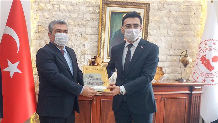Nevşehir'de Il Müftüsü Altunkaya Acıgöl Ilçe Kaymakamı Kaya'yı Makamında Ziyaret Etti…