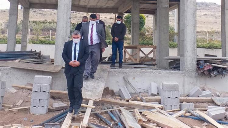 Nevşehir'de Il Müftüsü Altunkaya, Kapadokya Havalimanında Yapımı Devam Eden Cami Inşaatını Gezdi...