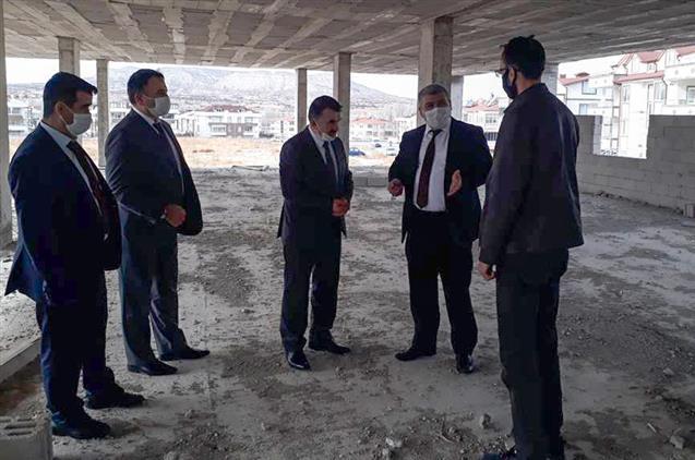 Nevşehir'de Il Müftüsü Altunkaya, ürgüp'te Yapımı Devam Eden Osmanlı Camii Inşaatını Gezdi...