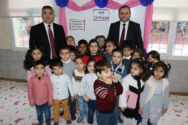Mersin'de Il Müftüsü Dr. Kondi, Yenişehir Ilçesi Hz. Zeynep 4-6 Yaş Kursunu Ziyaret Etti