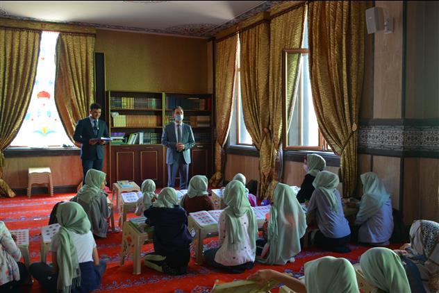 Yozgat'de Il Müftüsü Gülden Kur'an Kurslarını Ziyaretleri Devam Ediyor