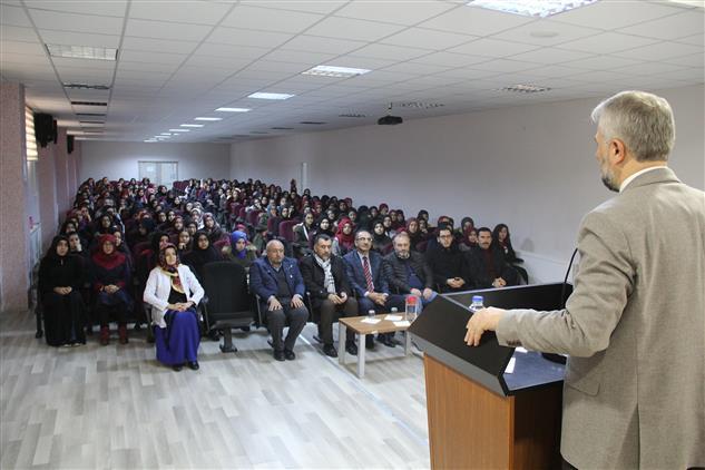 """Kayseri'de Il Müftüsü Güven'den """"kardeşlik"""" Konferansı"""