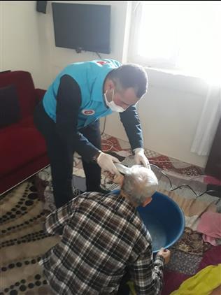 """Il Müftüsü Mehmet Taşcı: """"biz Adıyaman Din Gönüllüleri Olarak Yaşlı Ve Kronik Hasta Olup Muhtaç Vatandaşlarımıza Bir Telefon Kadar Yakınız."""""""