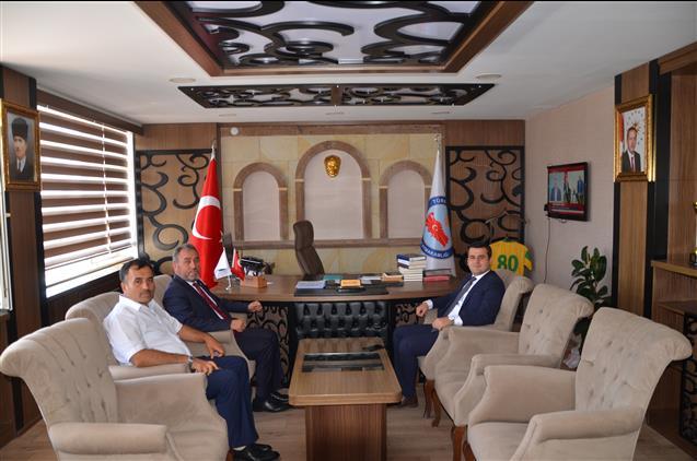 Nevşehir'de Il Müftüsü Yakup öztürk Derinkuyu Ilçe Kaymakamı Mert Kumcu'yu Makamında Ziyaret Etti