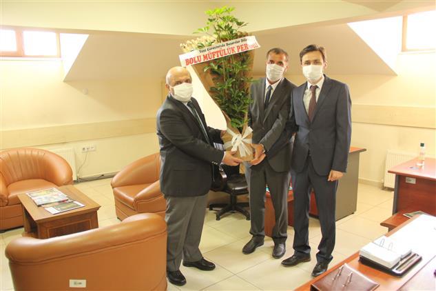 Bolu'da Il Müftüsü Yeni Göreve Başlayan Din Hizmetleri Uzmanlarını Ziyaret Etti.