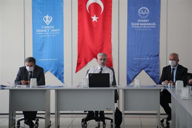 Ankara'da Il Ve Ilçe Müftüleri Istişare Toplantısı Dijital Platformda Yapıldı