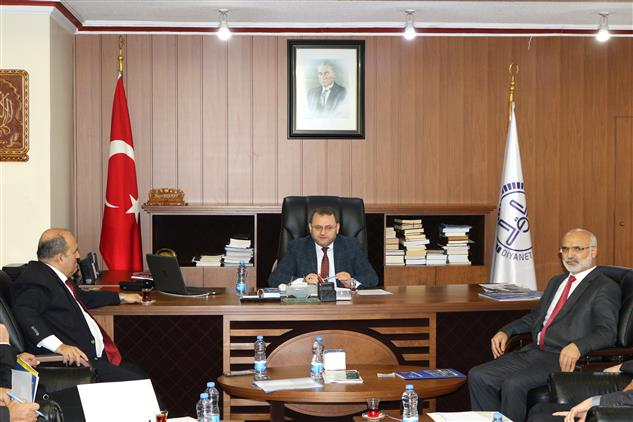 Mersin'de Ilçe Müftüleri Toplantısı Tarsus'ta Yapıldı