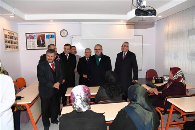 Antalya'da Manavgat Müftülüğü Kültür Merkezinin Açılışı Yapıldı