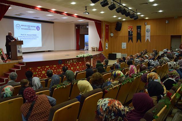 Giresun'da Mevlid-i Nebi Haftası Konferansı