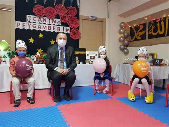 İstanbul'da Mevlid-i Nebi Haftası çocuk Buluşması
