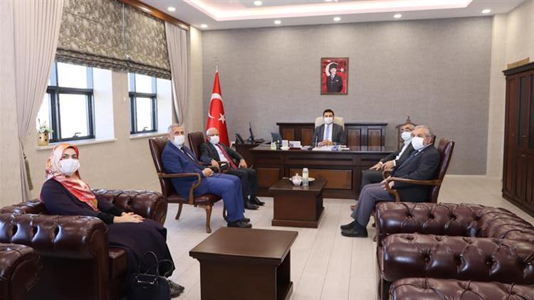 Sivas'ta Müftü Akkuş, Vali Yardımcısı Temel'e Hayırlı Olsun Ziyaretinde Bulundu