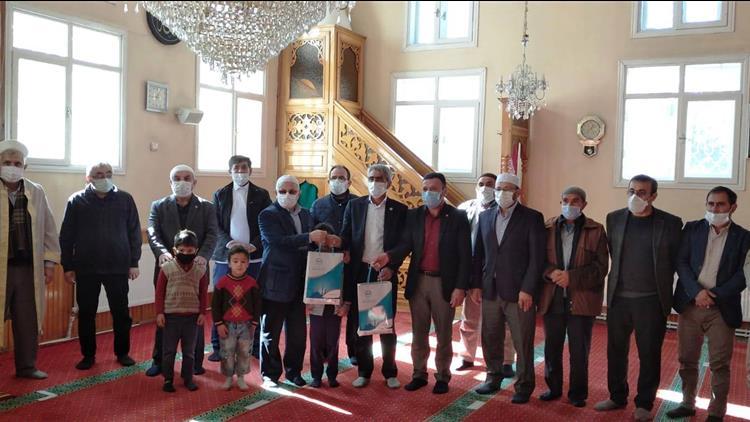 Sivas'ta Müftü Akkuş'tan Alahacı Köyüne Ziyaret