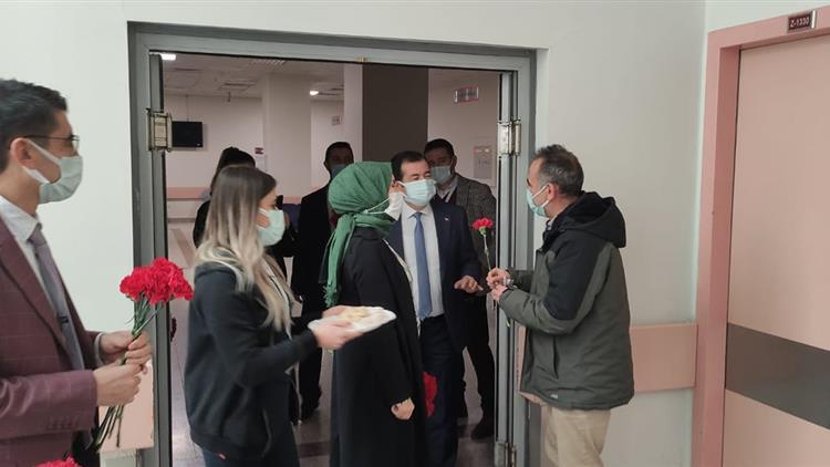 Afyonkarahisar'da Müftülüğümüz Manevi Destek Personelinden Hasta Ve Yakınlarına Kandil Ziyareti Gerçekleşti.