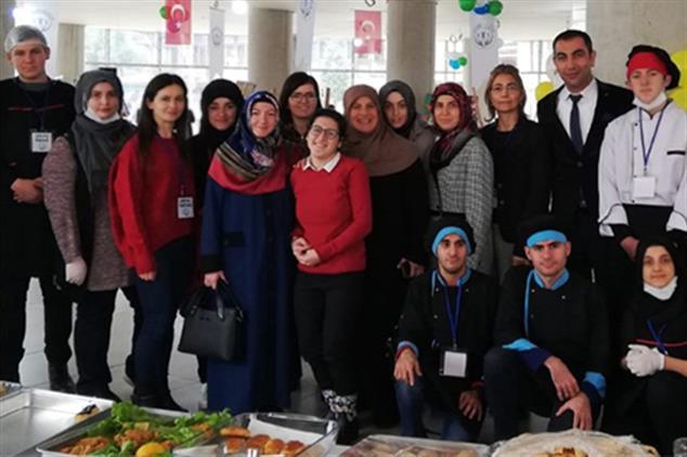 Rize'de Müftülüğümüzden özel öğrencilerin Sergisine Ziyaret