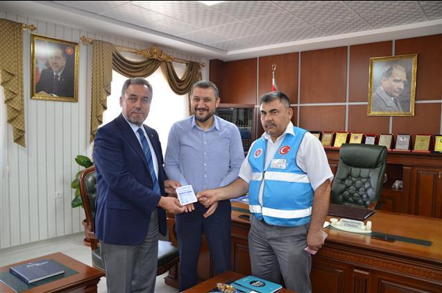 Nevşehir'de Milletvekili Açıkgöz Kurbanını Diyanet Vakfı'na Bağışladı