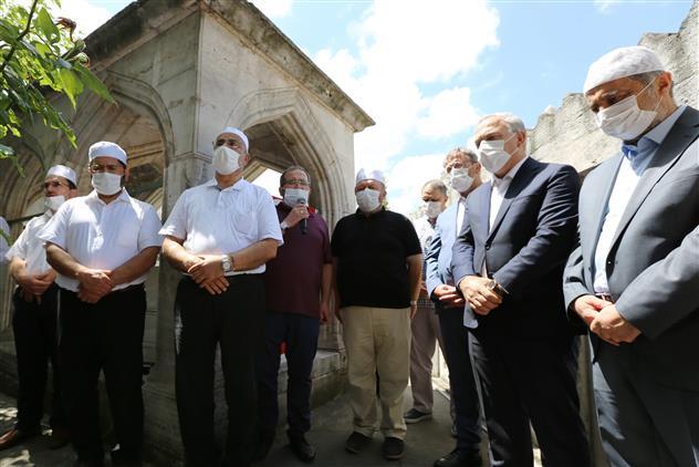 İstanbul'da Mimar Sinan, Vefatının 432. Yıl Dönümünde Kabri Başında Rahmetle Anıldı