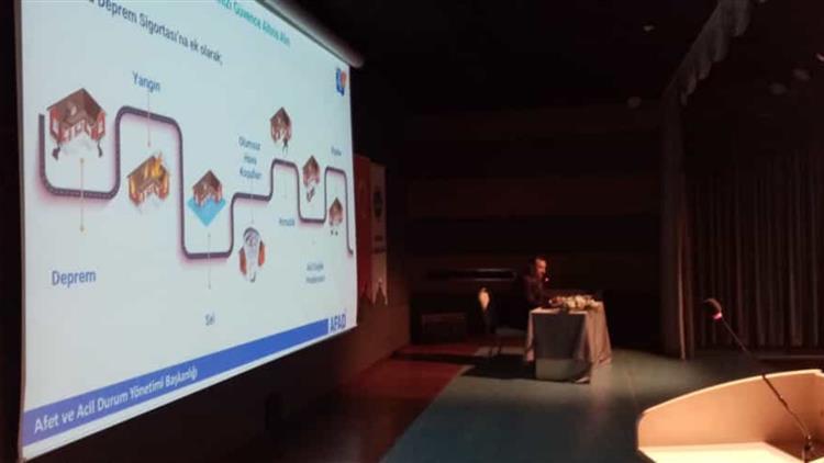Kirikkale'de Nur Camii Konferans Salonunda Afet Farkındalık Personel Eğitim Programı Gerçekleştirildi