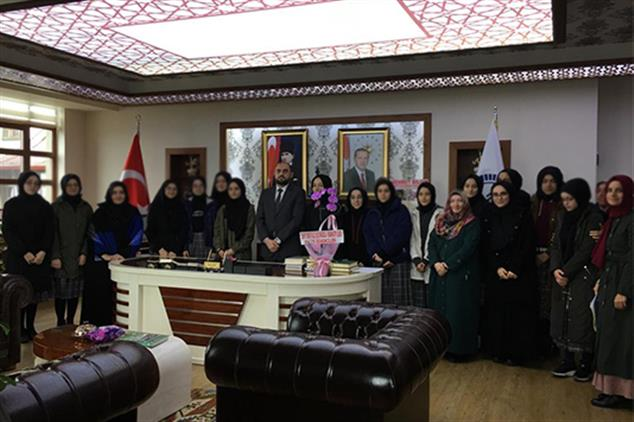 Rize'de Okul Hamileri Projesi Kapsamında öğrencilerle Ihtisas Merkezini Ziyaret Ettik