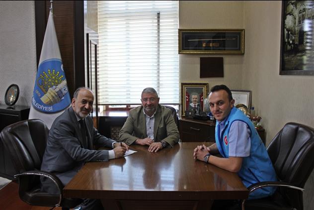 çorum Belediye Başkanı Aşgın, Tdv'na Kurban Bağışıyla Destek Verdi