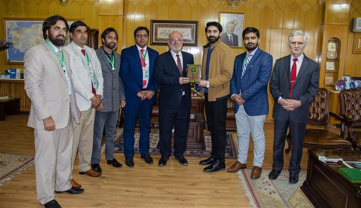"""Konya'da """"pakistan Ulusal Gençlik Meclisi"""" üyelerinden Ziyaret"""
