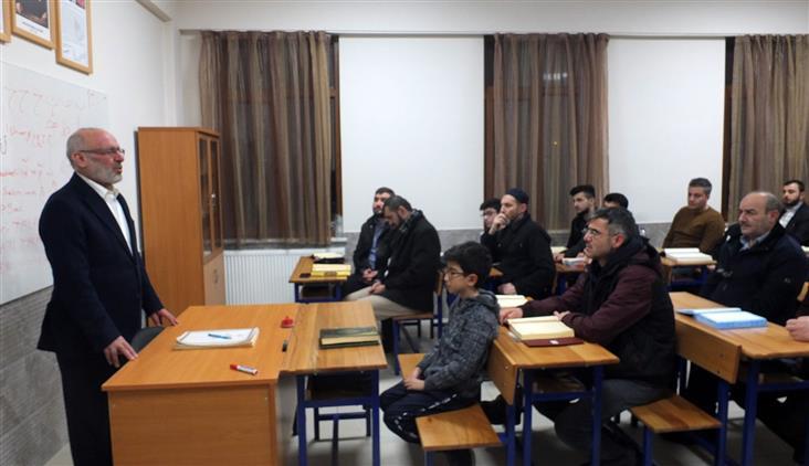 """Konya'da Poçanoğlu'ndan """"alo Kur'an öğreniyorum"""" Kursiyerlerine Ziyaret"""