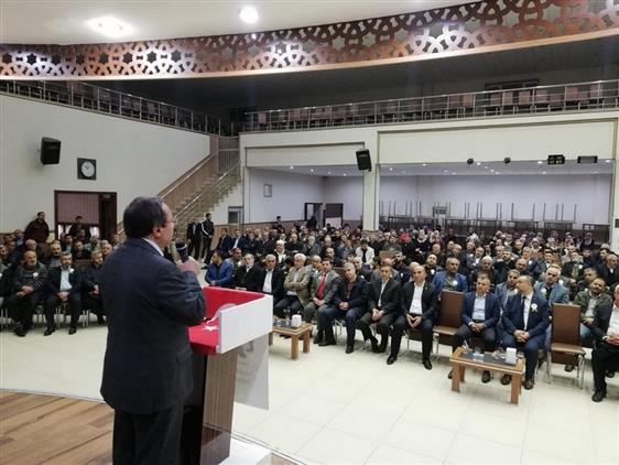 """Adiyaman'da Pof. Dr. Ramazan Altıntaş, """"peygamberimiz Ve Gençlik"""" Konulu Konferans Verdi."""
