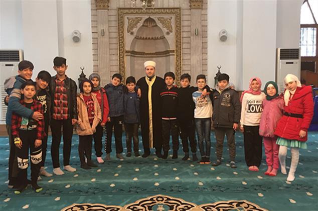 Giresun'da öğrencilerden Tarihi Camiye Ziyaret