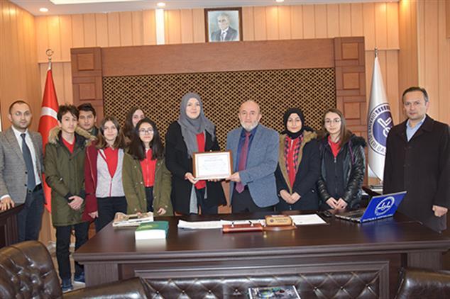 Malatya'da öğrencilerden Yemen'e Yardım