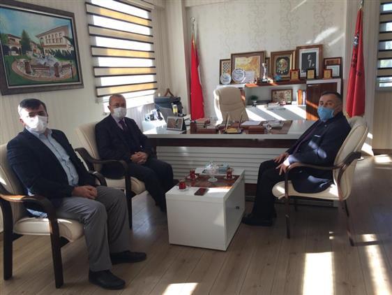 Tokat'da öğretmenler Gününde Okullara Ziyaretler