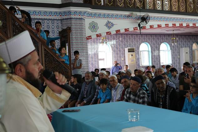 Mersin'de Ishak Danış'tan Kur'an Ziyafeti