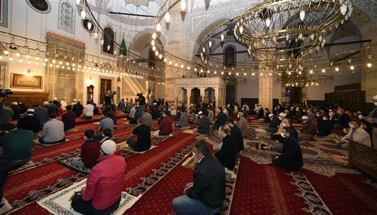 Konya'da Sultan Selim Camii'nde Sabah Namazı Buluşması