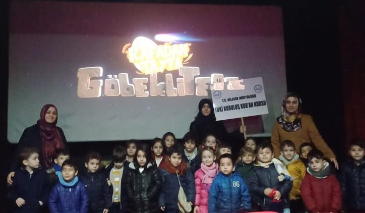 Bilecik'de Toki Kuruluş Kur'an Kursu 4 6 Yaş Sınıfı öğrencileri Sinemada Buluştu