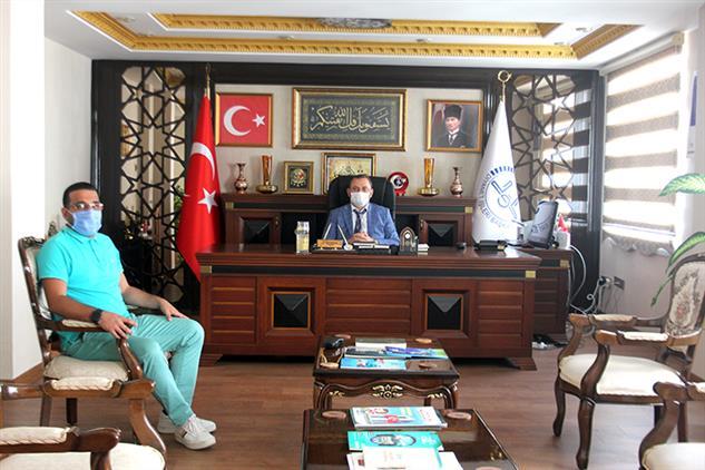 Türkiye Emlak Katılım Bankası Mersin şube Müdürü Tendik, Il Müftüsü Dr. Kondi'yi Ziyaret Etti