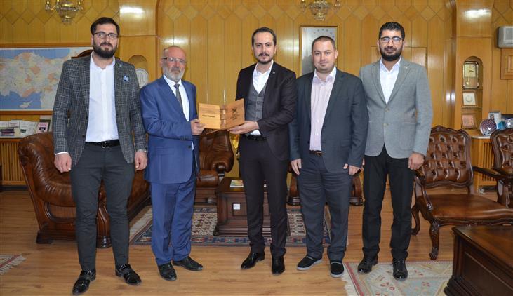 Konya'da Türkiye Gençlik Vakfı'dan (tügva) Poçanoğlu'na Ziyaret