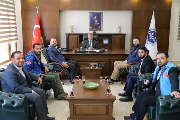 Hatay'da Türkiye Diyanet Vakfı Genel Müdür Yardımcısı Abdurrahman çetin, Il Müftümüzü Makamında Ziyaret Etti