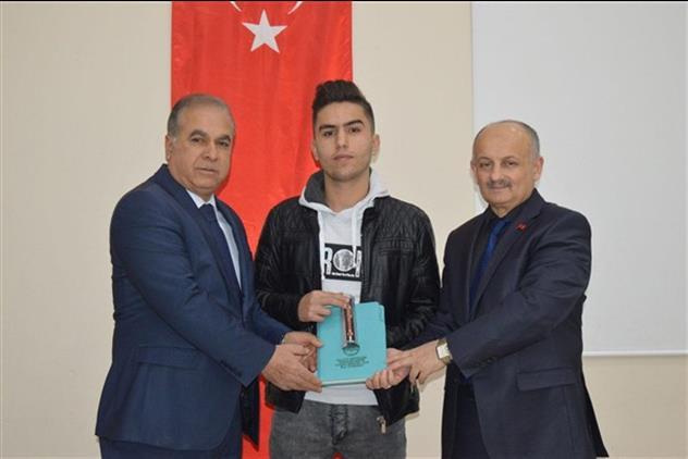 """Malatya'da """"umre ödüllü Değerler Eğitimi Yarışması"""" ödül Töreni"""