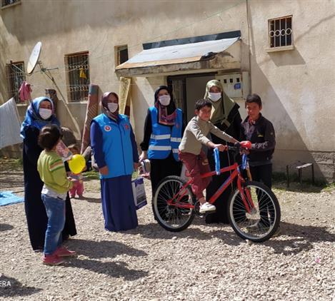 Van'da Vakit çocukları Sevindirme Vakti