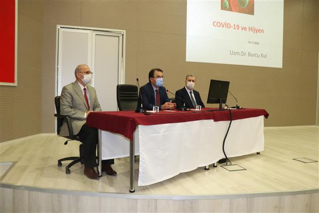 Cankiri'da Vali Abdullah Ayaz Merkez Imamları Ile Toplantı Gerçekleştirdi