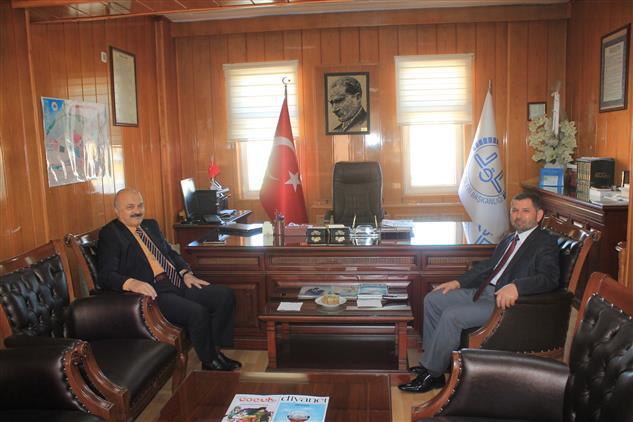 """Burdur'da Vali Yardımcısı Mehmet Yıldız Il Müftümüze """"hayırlı Olsun"""" Ziyaretinde Bulundu"""
