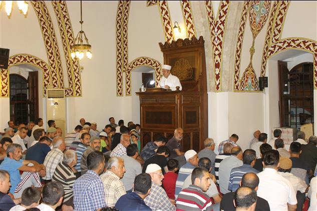 Hatay'da Vatandaşlarımız Kadir Gecesi Münasebetiyle Camileri Doldurdu