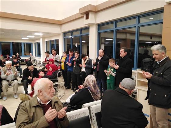 Trabzon'da Yarıyıl Tatili Umrecileri Medine'ye Uğurlandı