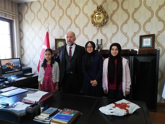 Erzurum'da Yaz Kur'an Kursları Arası Kompozisyon şiir Ve Resim Yarışması