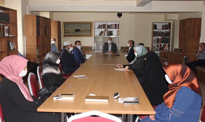 Erzincan'da Yeni Normalleşme Süreci Ile Kur'an Kursları Hafızlık Eğitiminin Başlamasına Ilişkin Istişare Toplantısı Yapıldı